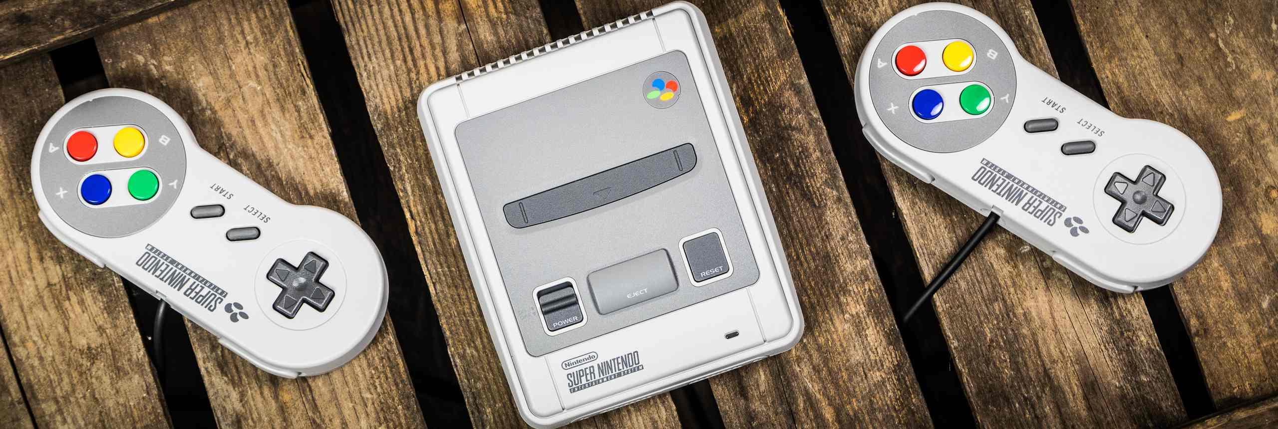 Name:  Nintendo Classic Mini - Super Nintendo Entertainment System.jpg Views: 51 Size:  189.2 KB